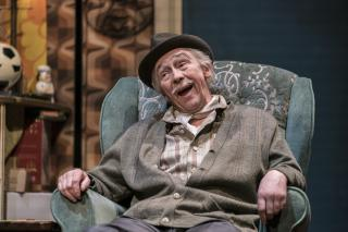 News: Paul Whitehouse Returns To Only Fools Cast