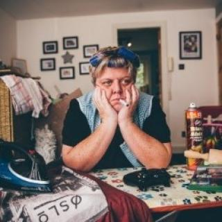 Edinburgh Fringe Review 2019 – Susie McCabe, Domestic Disaster, Assembly George Square