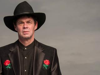 News: Rich Hall Explores The Relationship Between America And Russia
