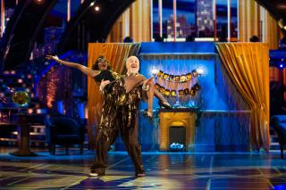 Video: Watch Bill Bailey Dance To Enter Sandman On Strictly